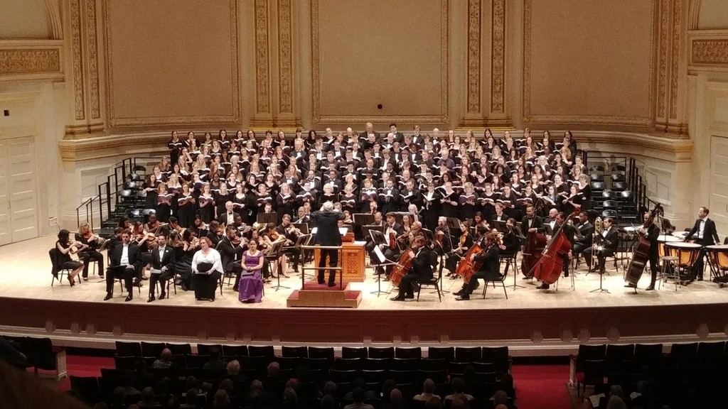 Lakeland Chorale and a number of Chorale alumni performed a wonderful concert on Memorial Day at Carnegie Hall.