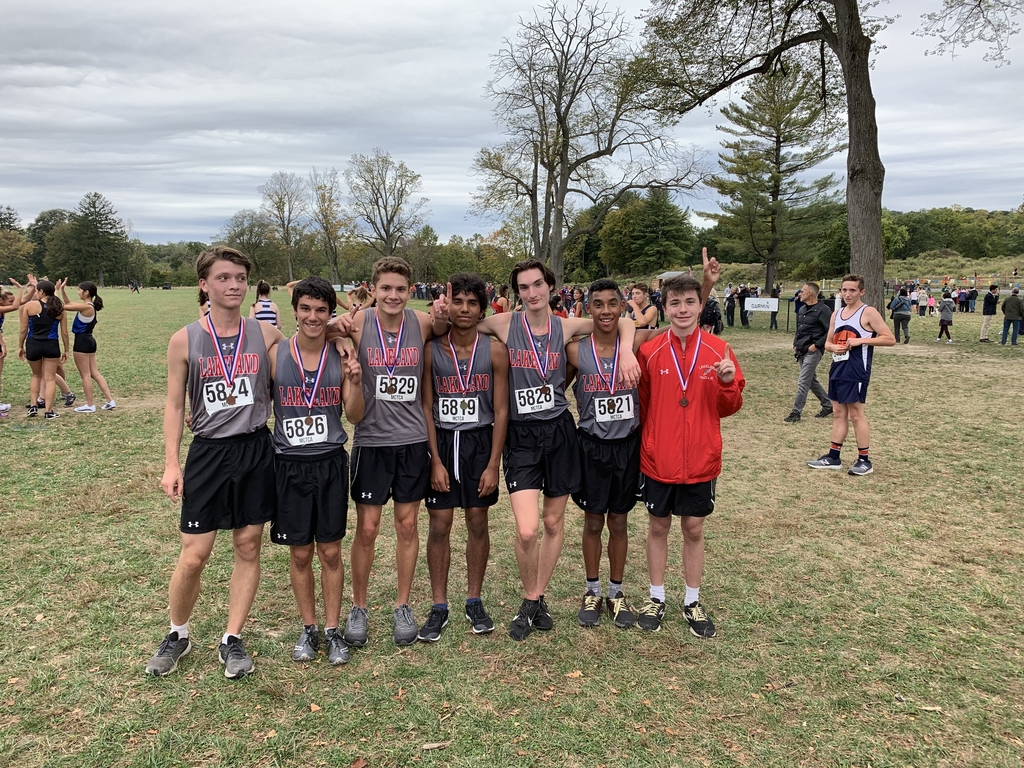 Congratulations to the Varsity and Freshman medal winners at the Greystone Invitational.