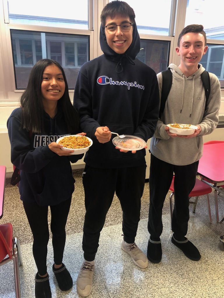 ACC Students dine on Chinese Food